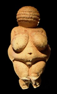 An 11.1 centimetre high statuette of a female figure.